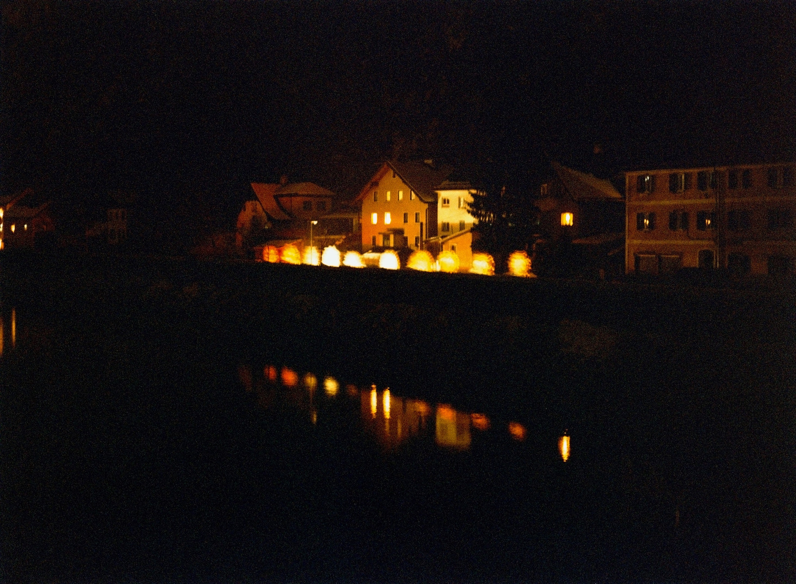 Les Douze Nuits — © 2008 Estelle Hanania